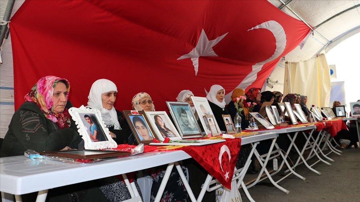 Diyarbakır annesi Koç: 8 sene boyunca evimde taziye var, her gün ağlamak var #3
