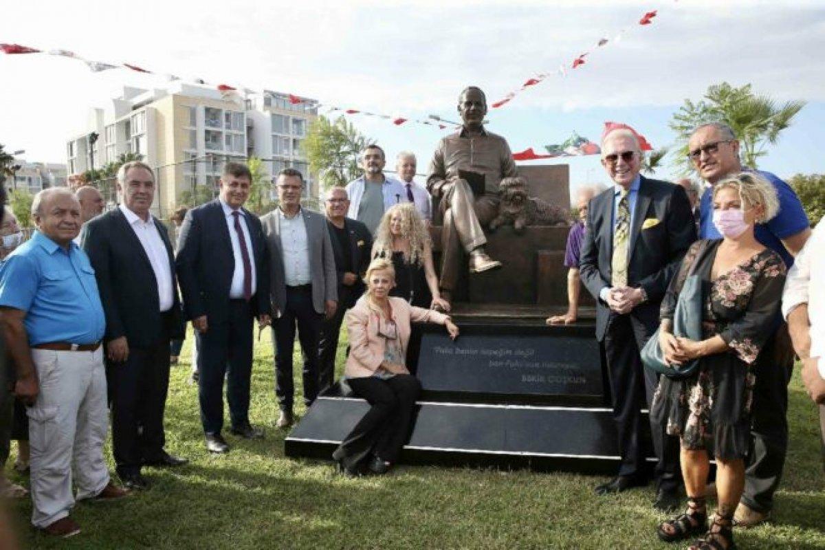 CHP li Kuşadası Belediyesi nden  Sabahattin Ali  heykeli  #2