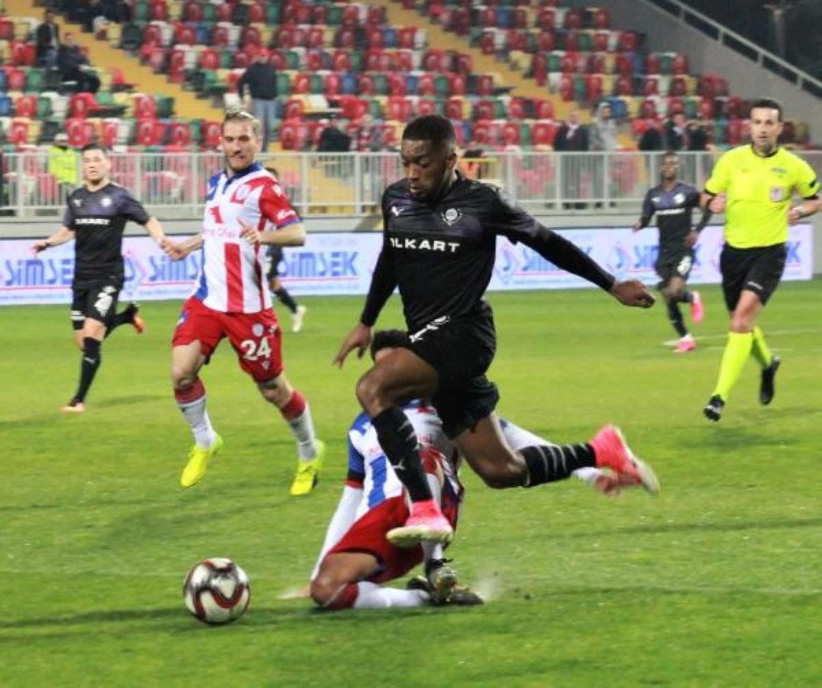 Leandro Kappel, Beşiktaşlıları kızdıracak #4