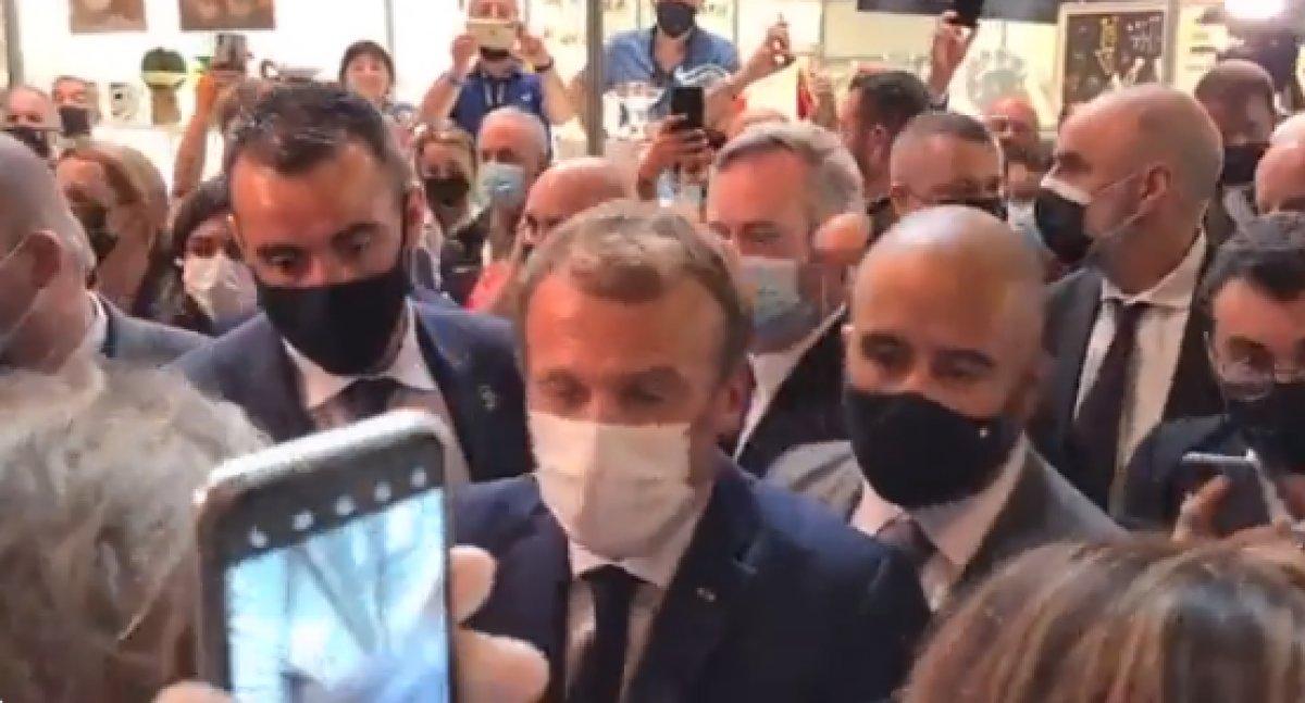 Emmanuel Macron a yumurtalı saldırı #2