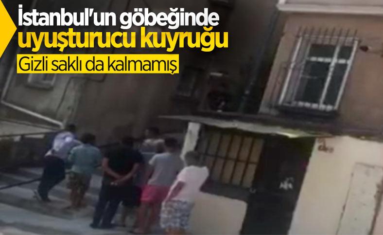İstanbul'da uyuşturucu kuyruğu: Polis baskın düzenledi