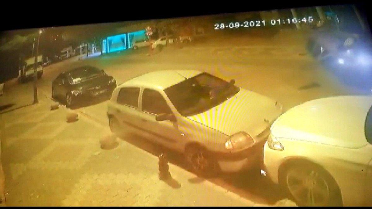 Kartal da direksiyon hakimiyetini kaybeden sürücü otomobiliyle takla attı #4