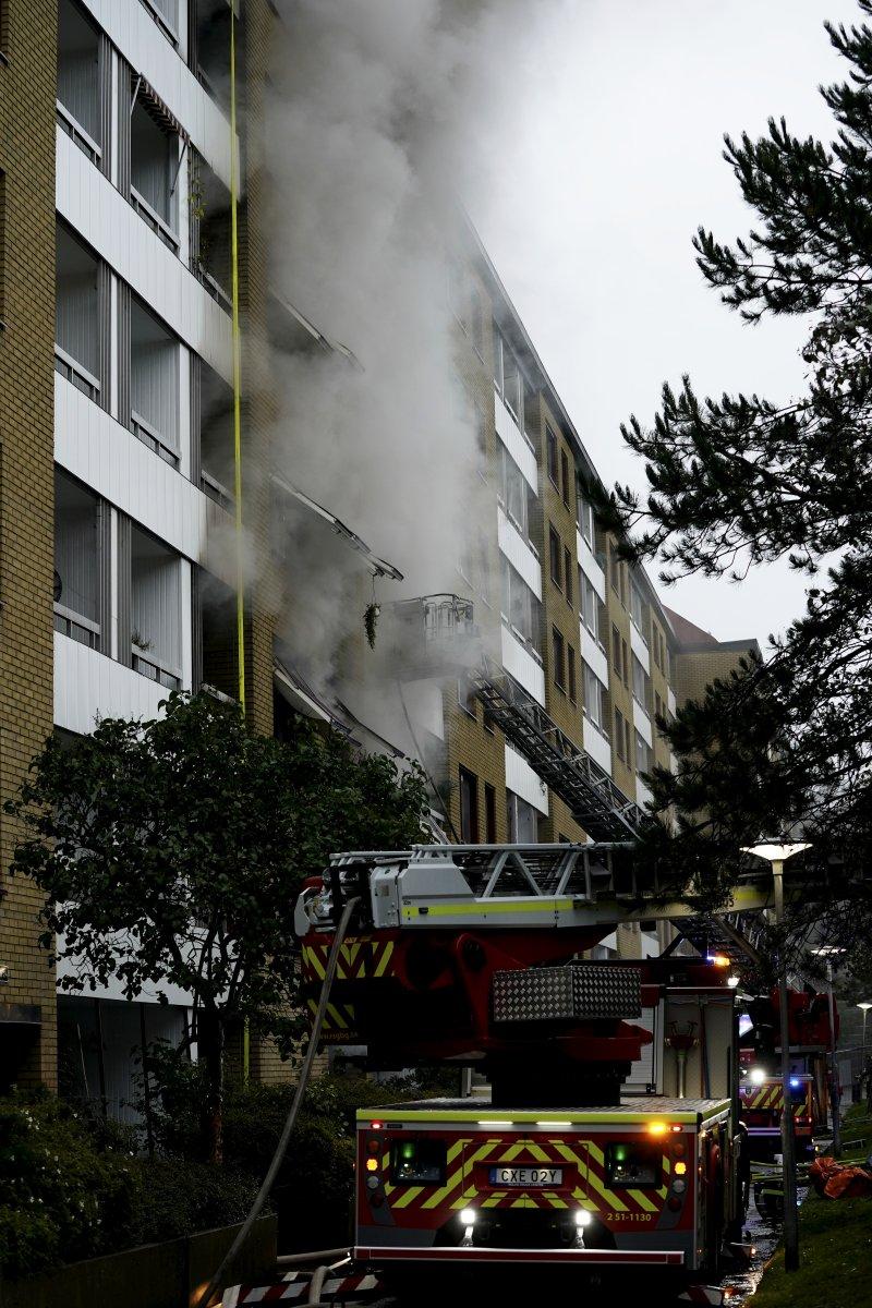 İsveç te bir apartmanda patlama: 25 yaralı #5