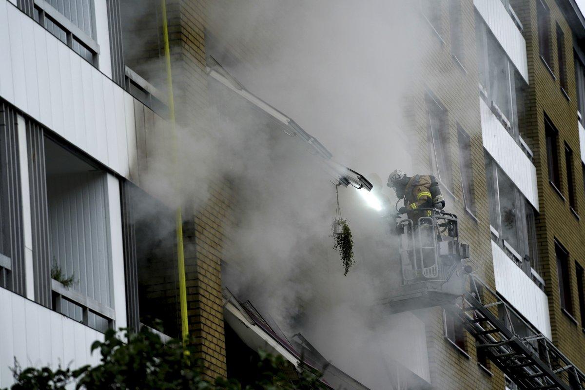 İsveç te bir apartmanda patlama: 25 yaralı #2