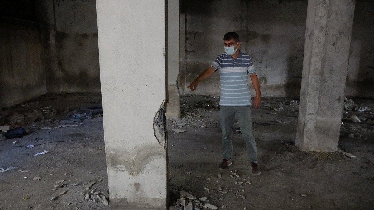 Sultangazi'de, 150 kişinin yaşadığı binanın kolonlarını keserken yakalandılar #5