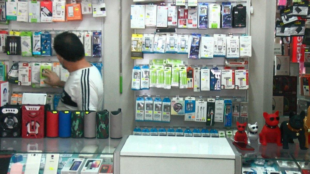Esenyurt ta, telefoncudaki hırsızlık anları kamerada #1