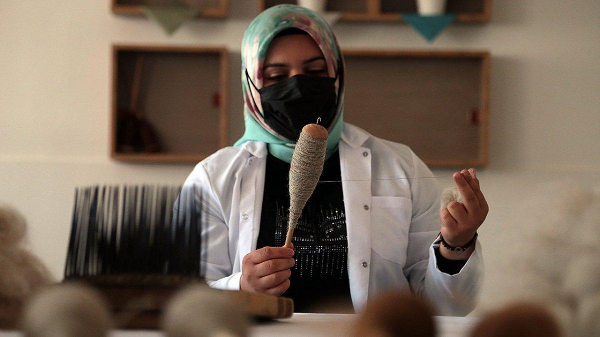 Erzurum da asırlık Bardız kilimi, eski motifleriyle yeniden dokunuyor #2