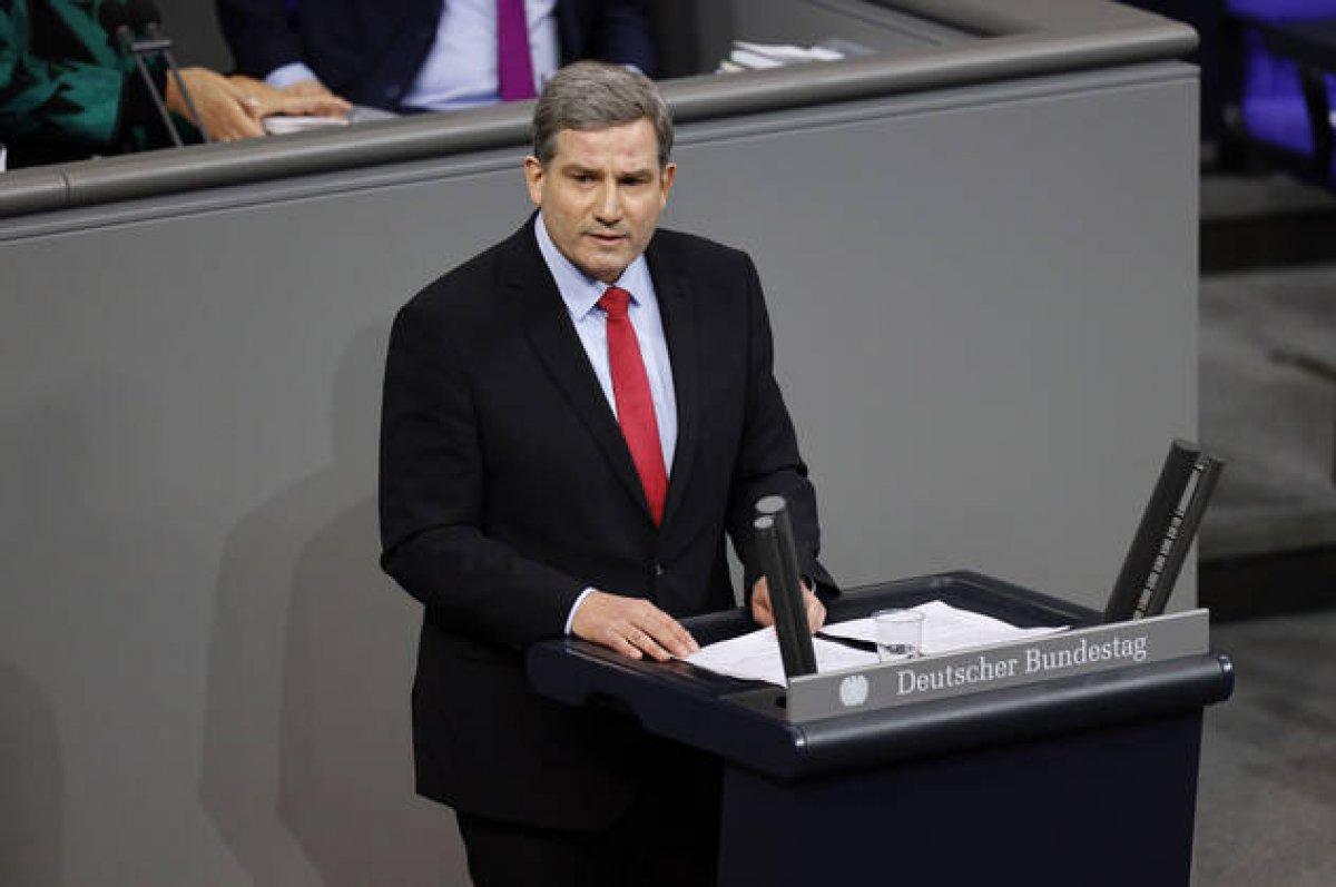 Almanya'da Türk kökenliler en yüksek vekil sayısına ulaştı #4