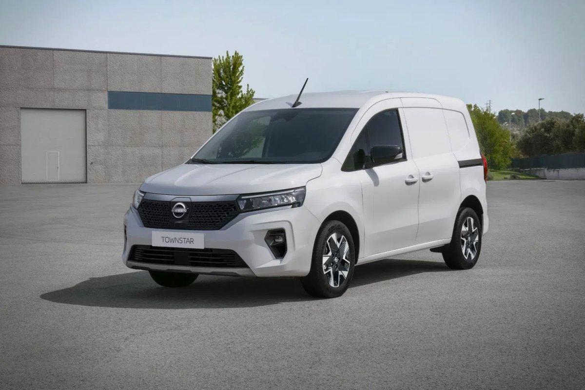Renault Kangoo ya kardeş geldi:  Yeni Nissan Townstar tanıtıldı #4