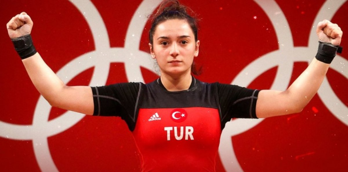 Genç halterci Nuray Levent 3 altınla Avrupa Şampiyonu #1
