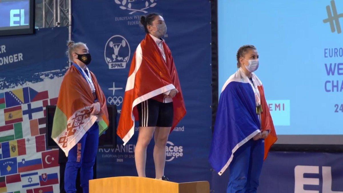 Genç halterci Nuray Levent 3 altınla Avrupa Şampiyonu #3