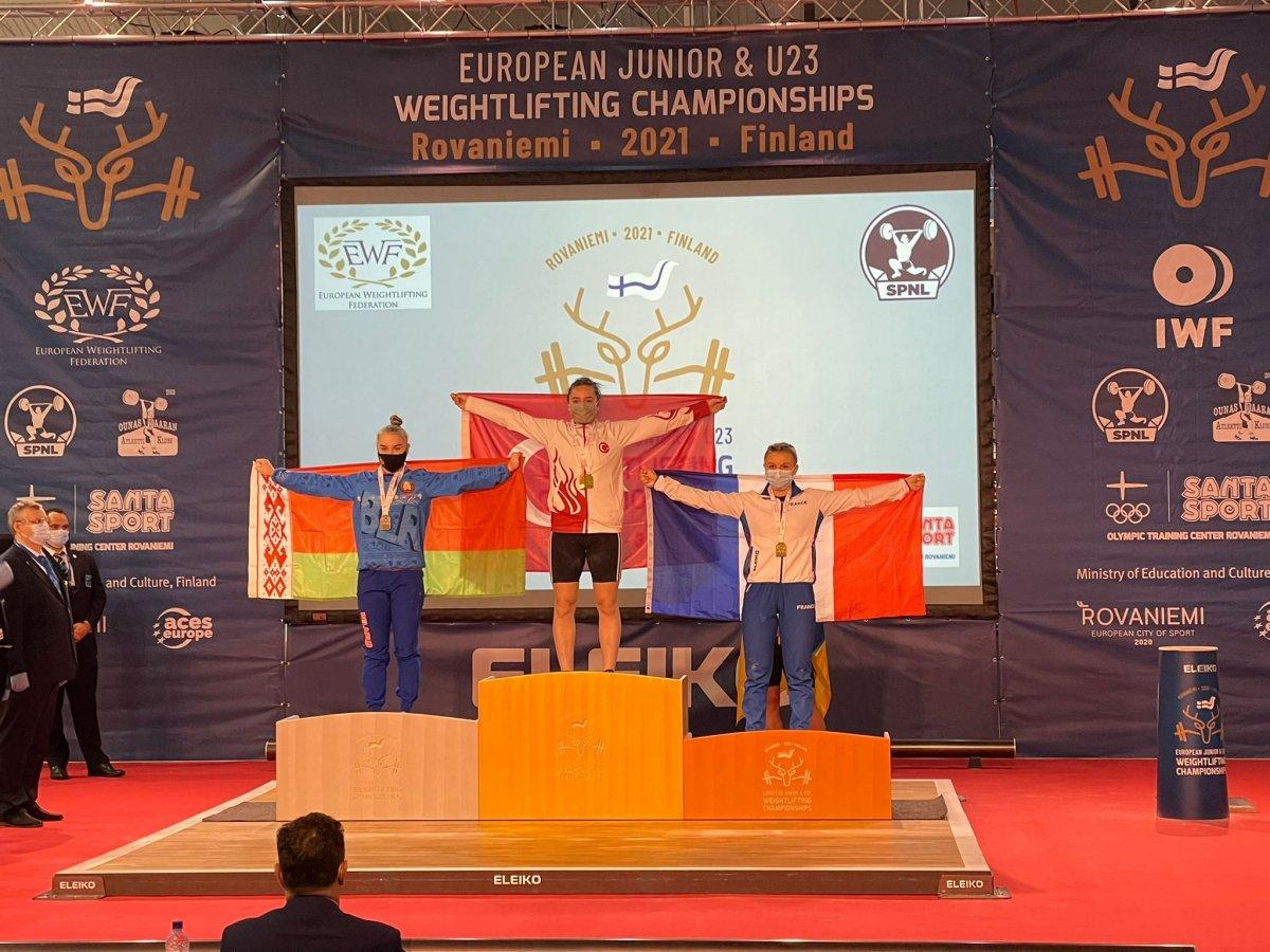 Genç halterci Nuray Levent 3 altınla Avrupa Şampiyonu #4