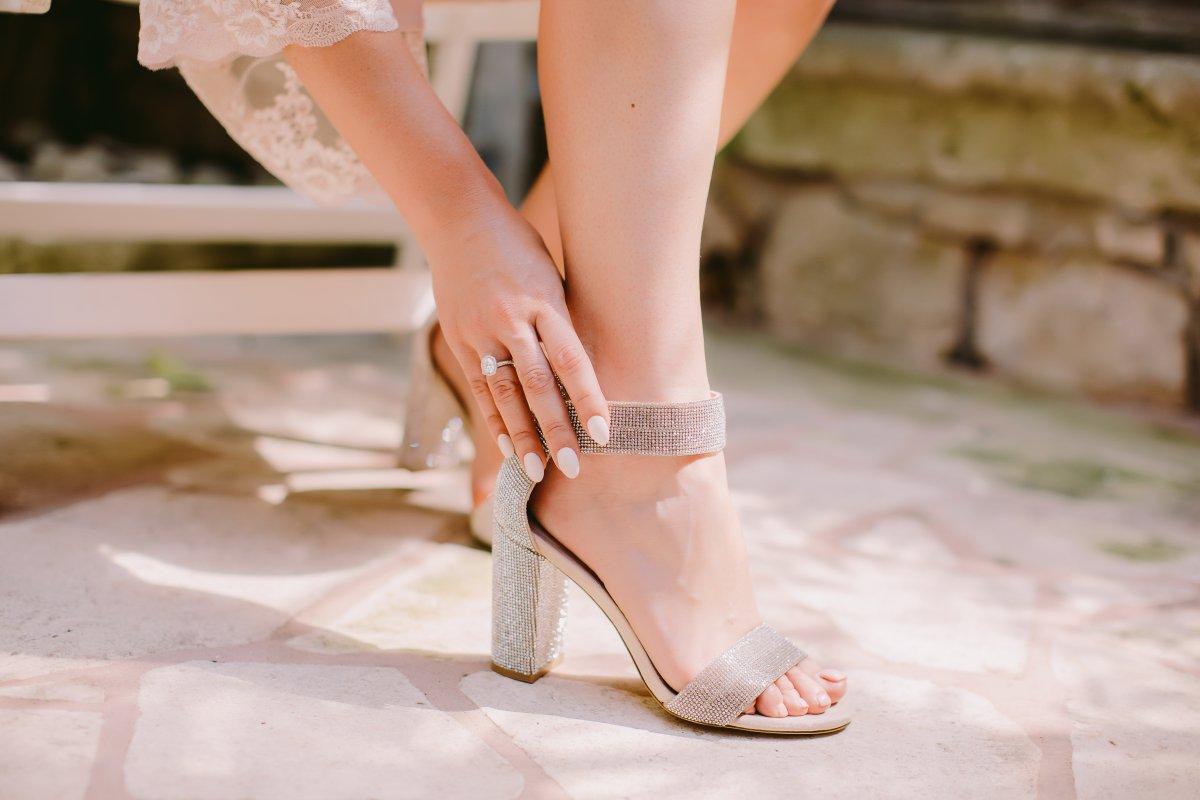 Topuklu ayakkabıların neden olduğu 7 sağlık sorunu #1