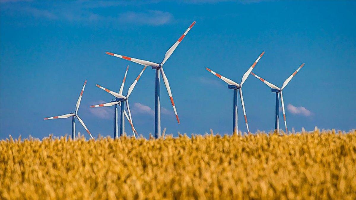 Rüzgar ve güneşten elektrik üretimi ithal kömürle üretimden daha ucuz  #1