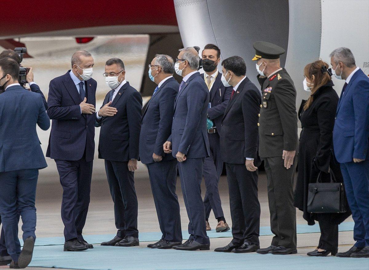 Cumhurbaşkanı Erdoğan, Rusya dan döndü #1