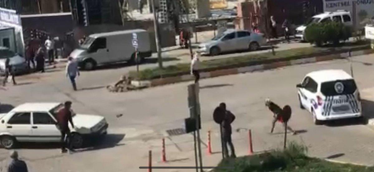 Zonguldak ta tartıştığı kadının üzerine otomobilini sürdü #1