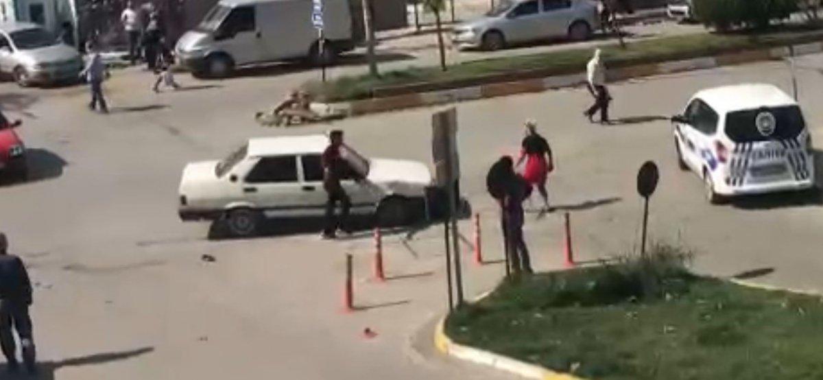Zonguldak ta tartıştığı kadının üzerine otomobilini sürdü #3