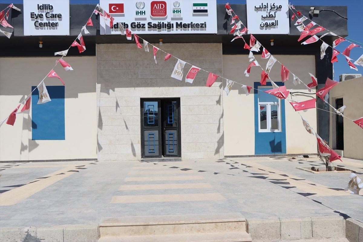 İdlib de açılan Göz Sağlığı Merkezi nde tedaviler sürüyor #6