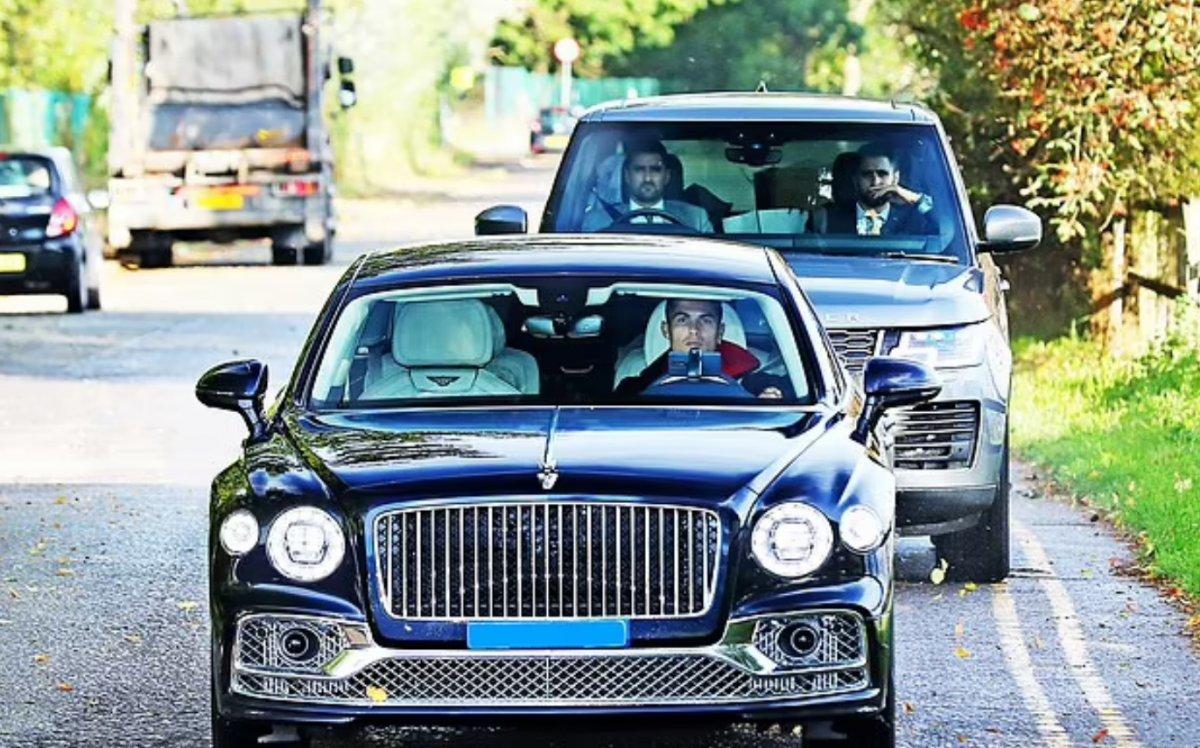 Cristiano Ronaldo İngiltere de benzin kuyruğunda #2