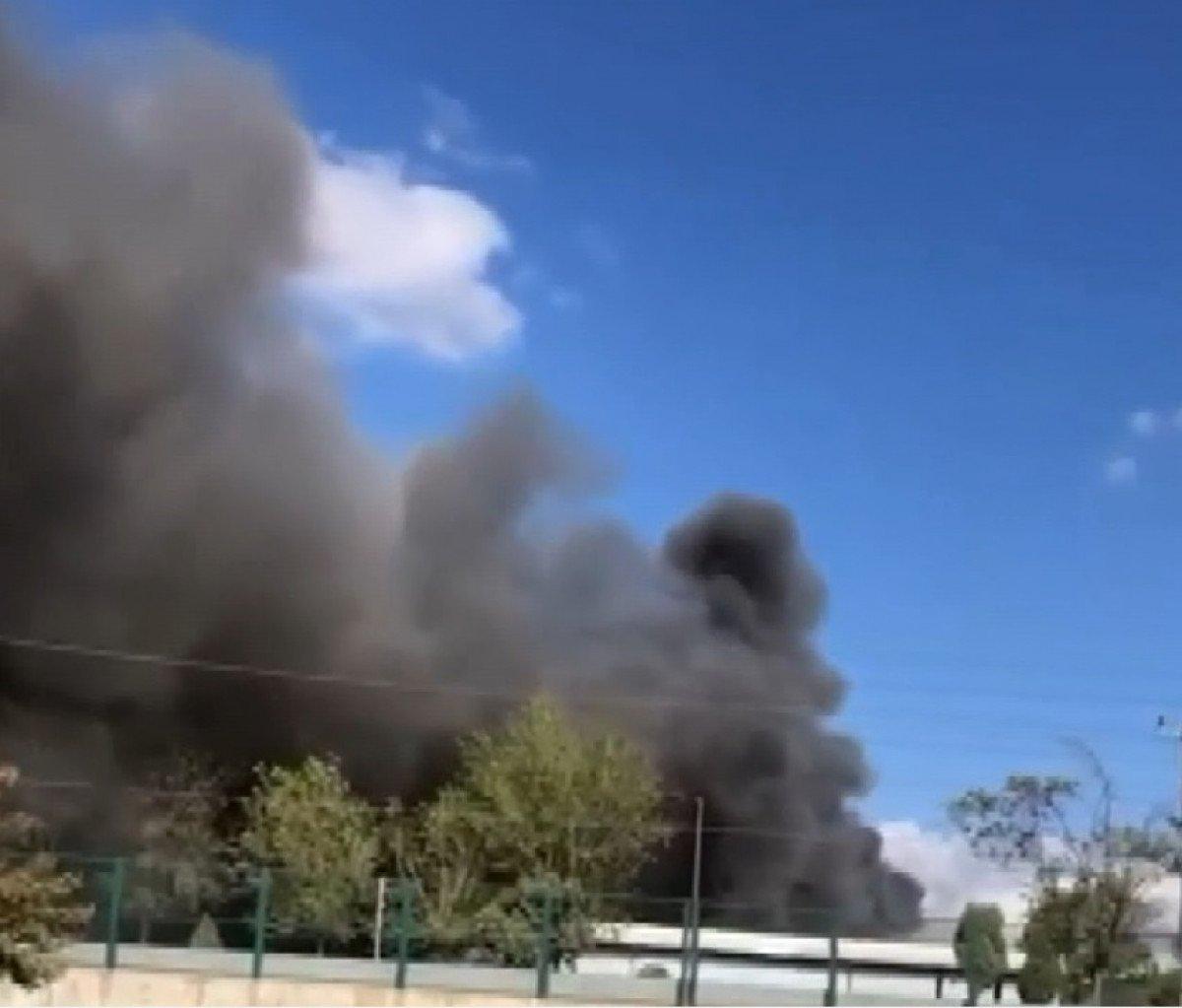 Tuzla da fabrikada yangın meydana geldi  #1