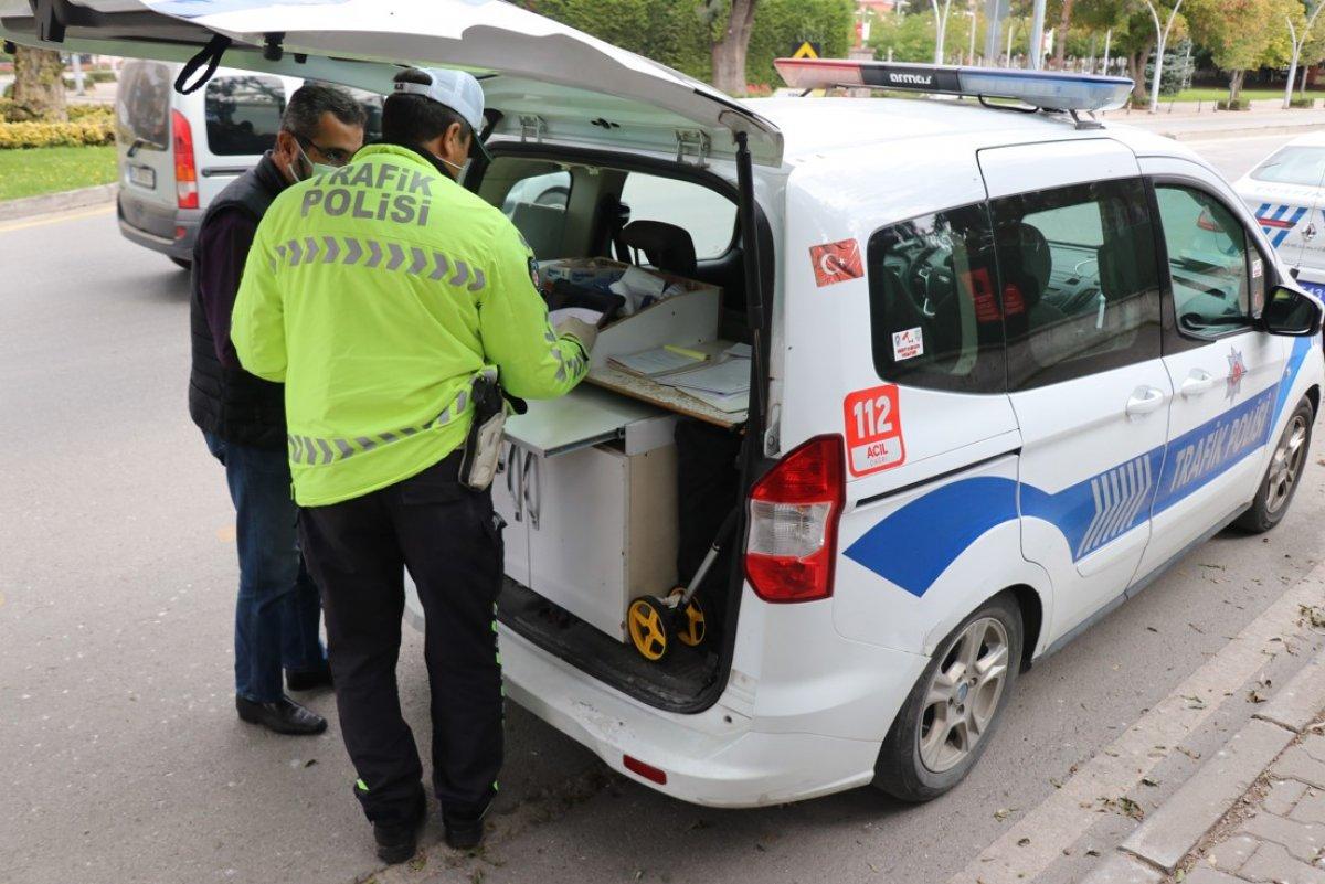 Bolu'da trafik ekipleri, taksimetre açmayan sürücülere ceza kesti #5