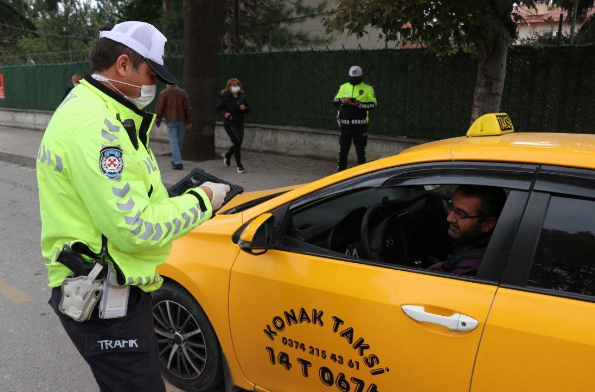 Bolu'da trafik ekipleri, taksimetre açmayan sürücülere ceza kesti #4