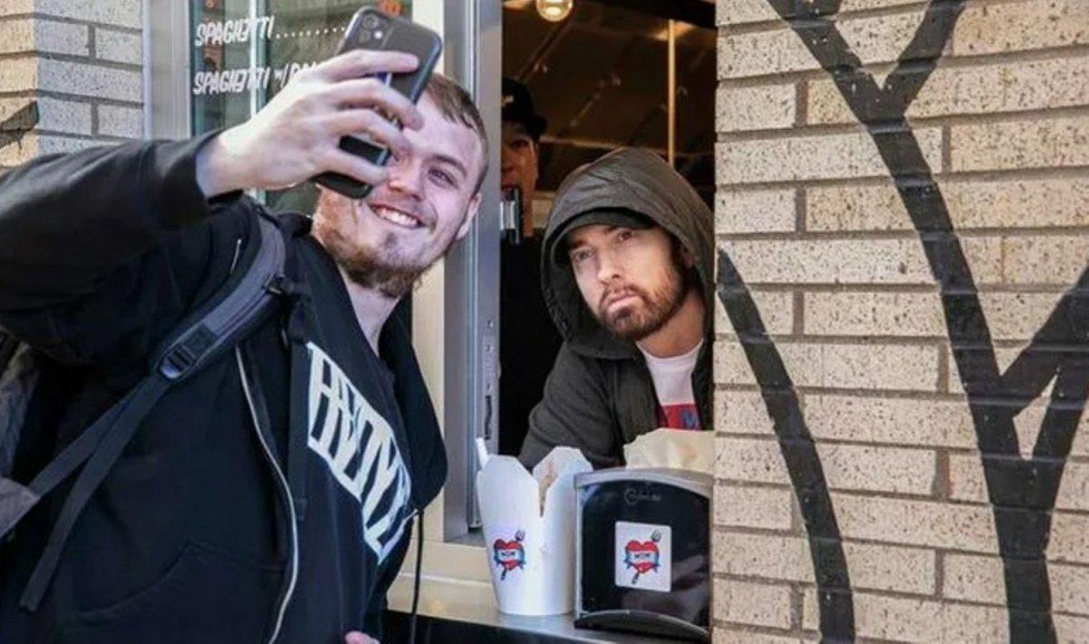 Eminem in yeni mesleği: Makarnacılık #1