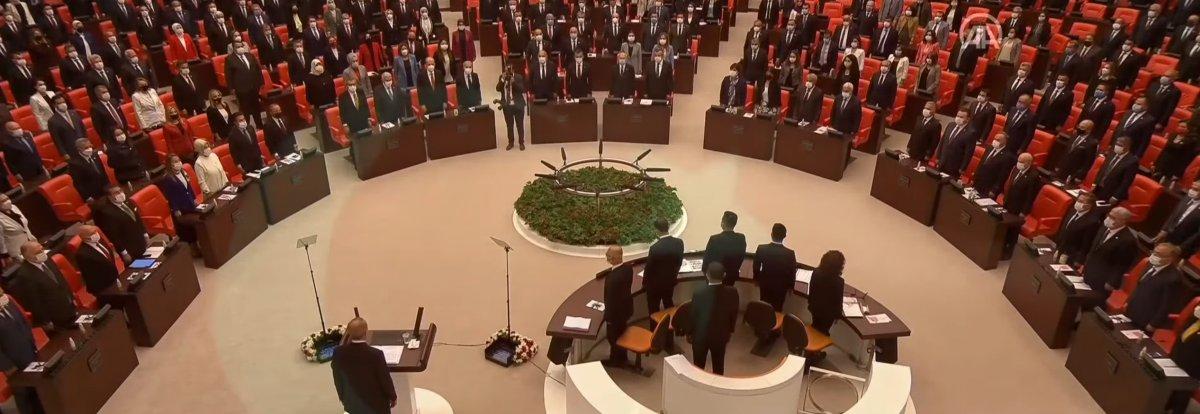 TBMM açılışında CHP ve HDP ayağa kalkmadı #2