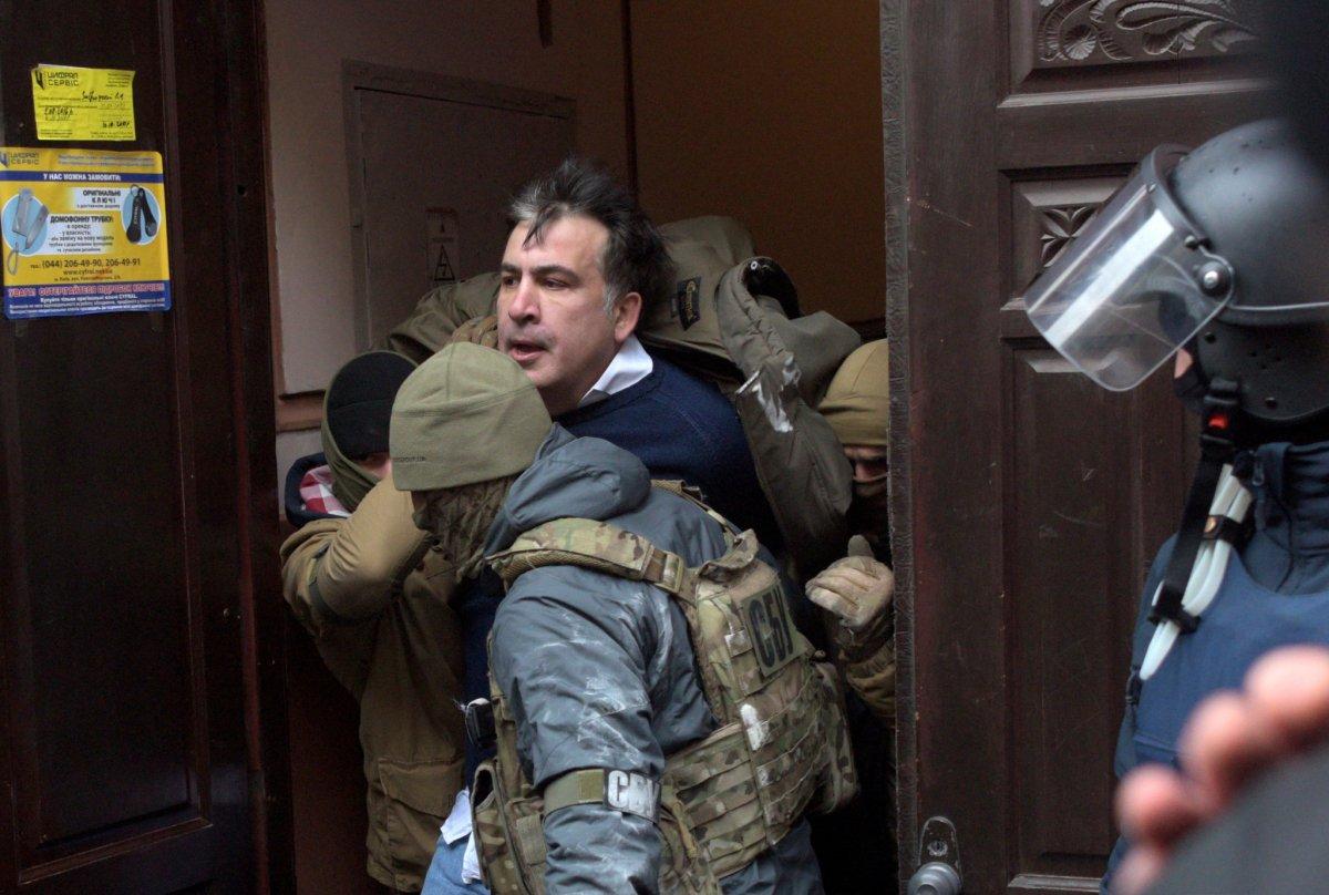 Gürcistan ın eski Cumhurbaşkanı Mihail Saakaşvili gözaltına alındı #2