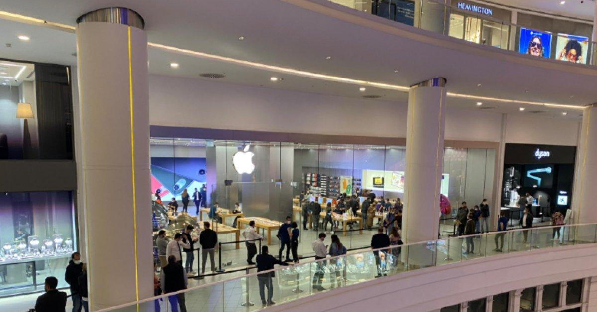 İstanbul da Apple mağazasında iPhone kuyruğu #2
