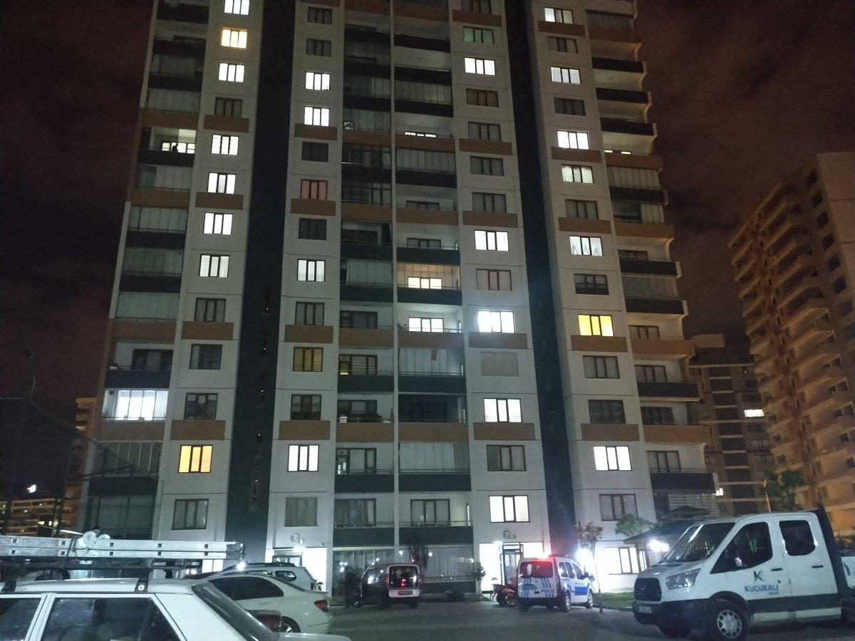 Konya da 6 ıncı kattan düşen genç yaşamını yitirdi #1