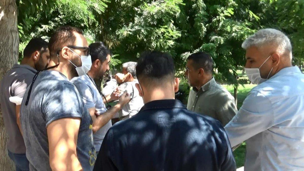 Diyarbakır da evlat hasreti çeken aileler İHD ye tepki gösterdi #2