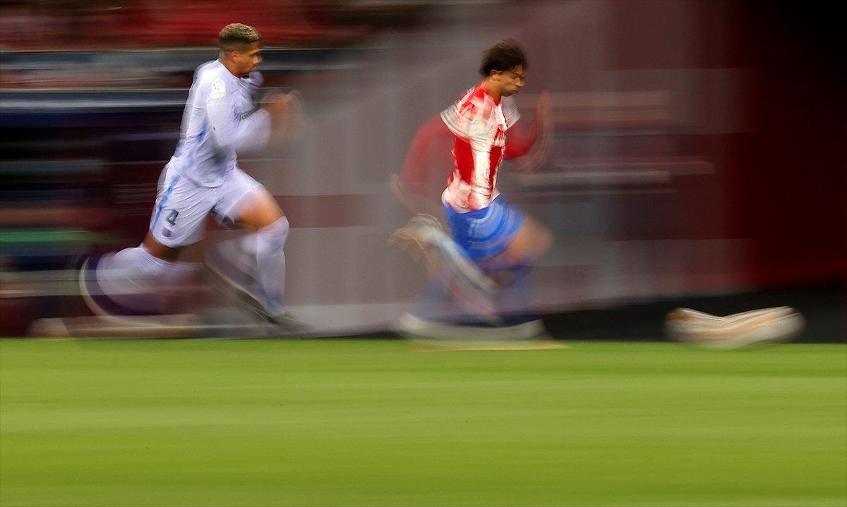 Atletico Madridli Suarez, eski takımı Barcelona ya ilk golünü attı #1