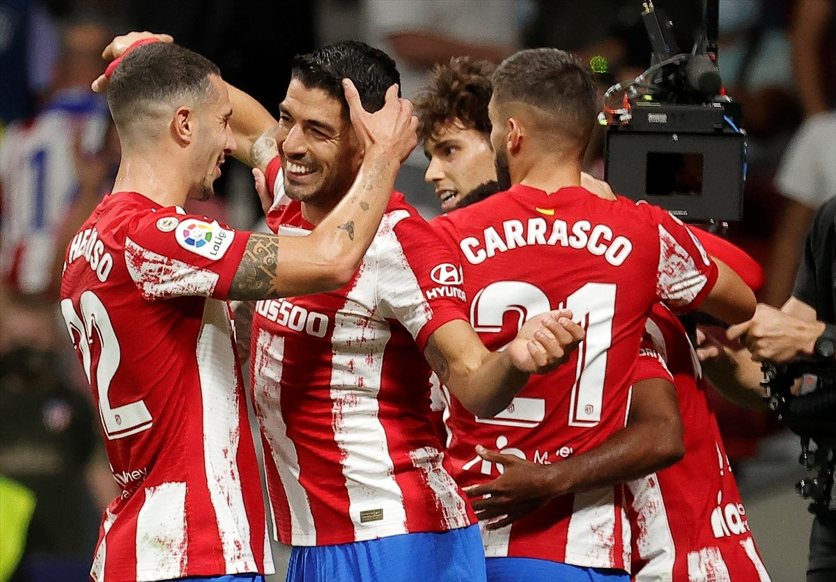Atletico Madridli Suarez, eski takımı Barcelona ya ilk golünü attı #3