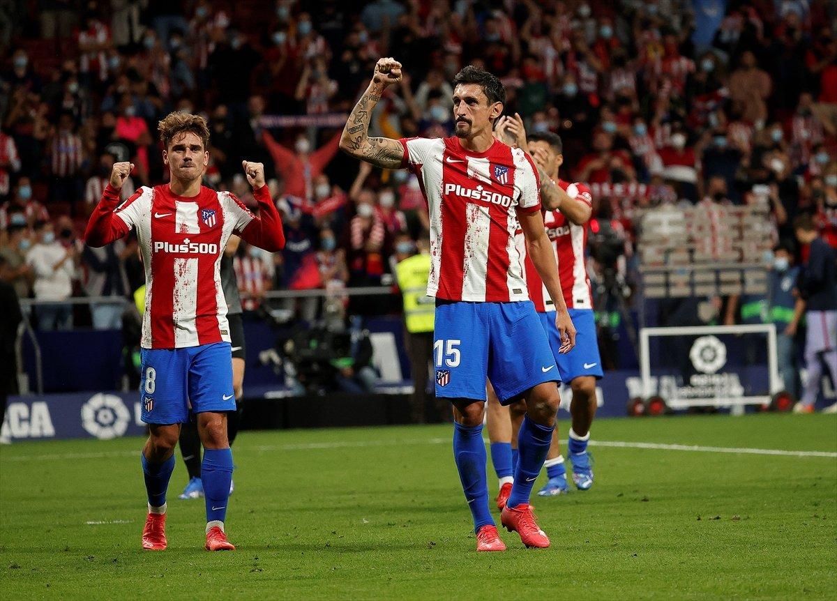 Atletico Madridli Suarez, eski takımı Barcelona ya ilk golünü attı #7