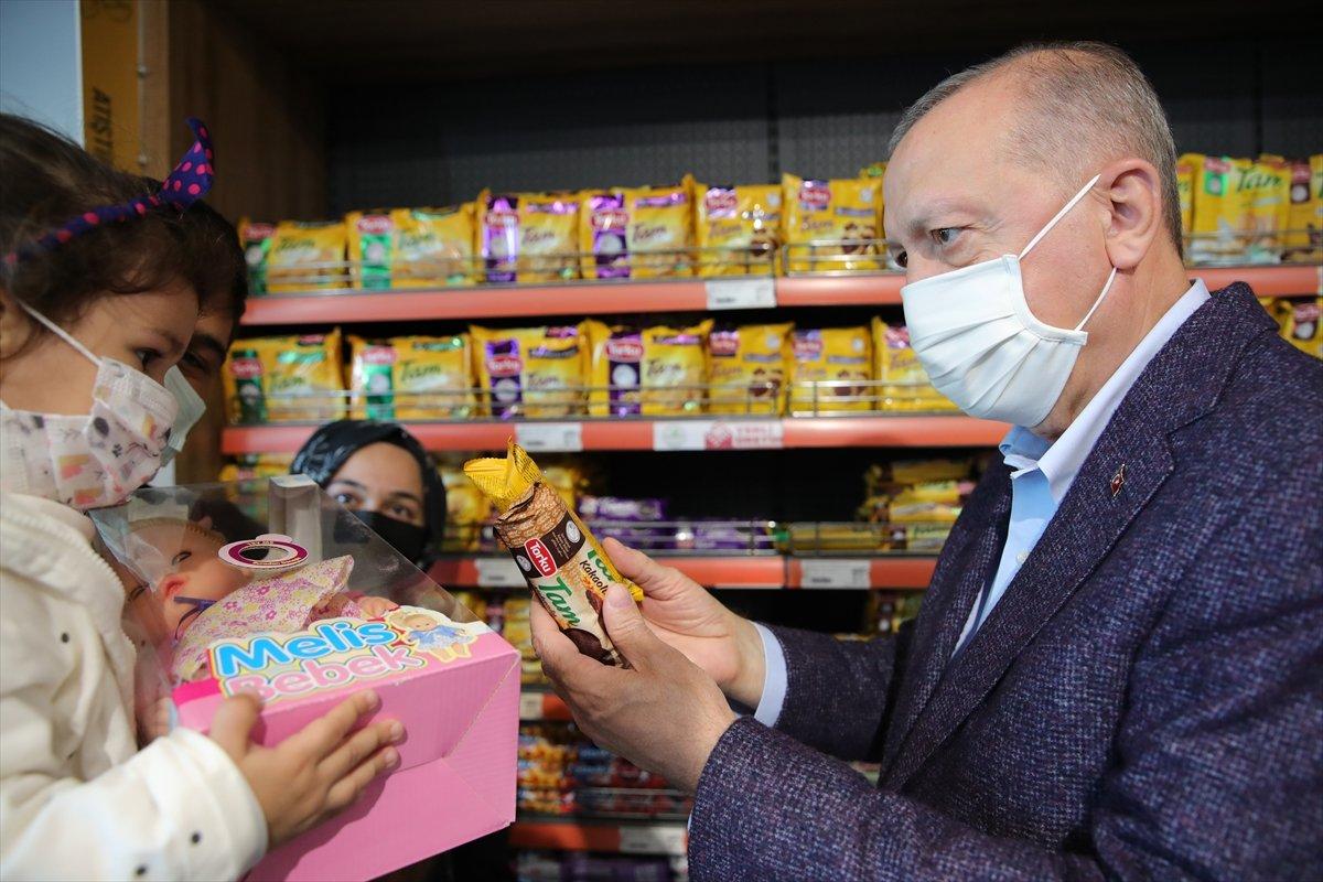 Cumhurbaşkanı Erdoğan: Türkiye genelinde 1000 kadar market açılacak #1