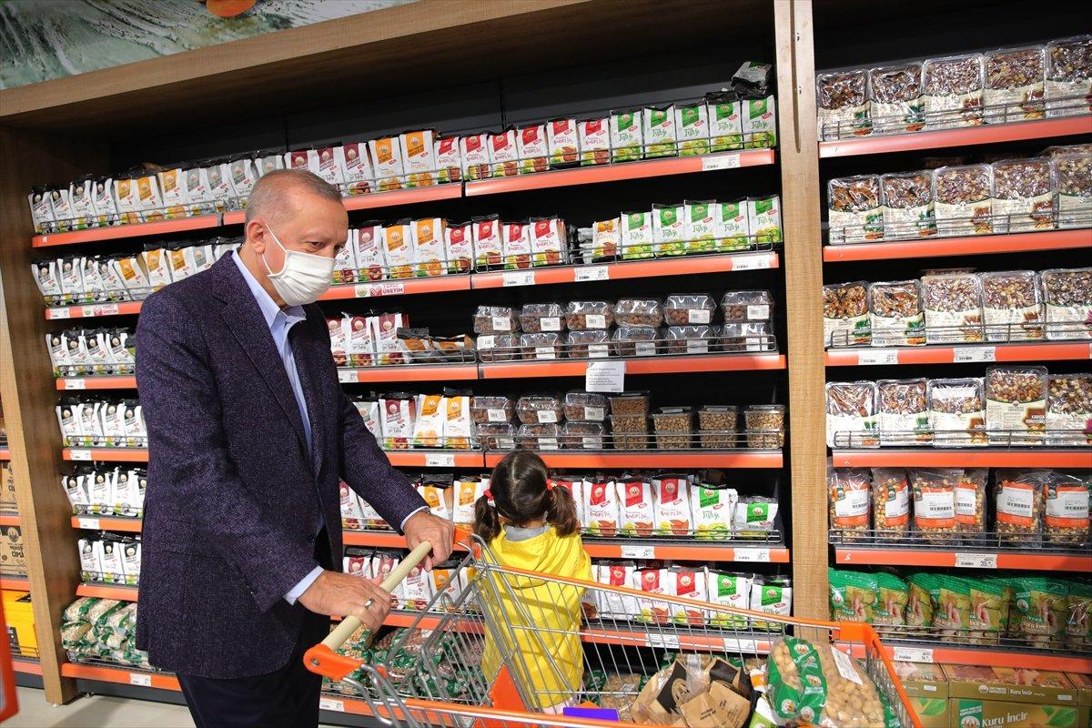 Cumhurbaşkanı Erdoğan: Türkiye genelinde 1000 kadar market açılacak #5