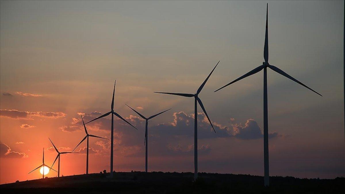 Türkiye nin rüzgar enerjisi kurulu gücü 10 bin 585 megavat oldu #1