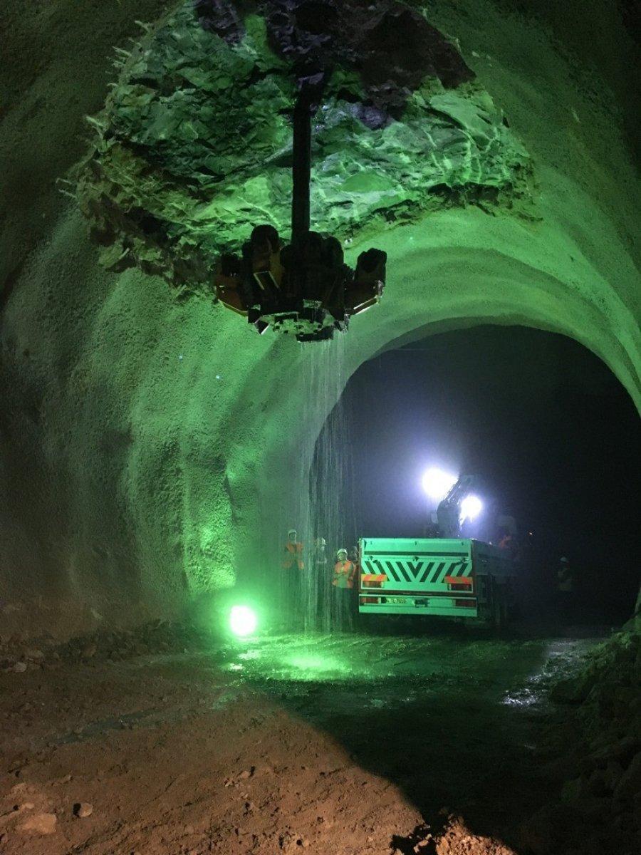 Yeni Zigana Tüneli'nde kazı işlemlerinin yüzde 94'ü tamamlandı #6