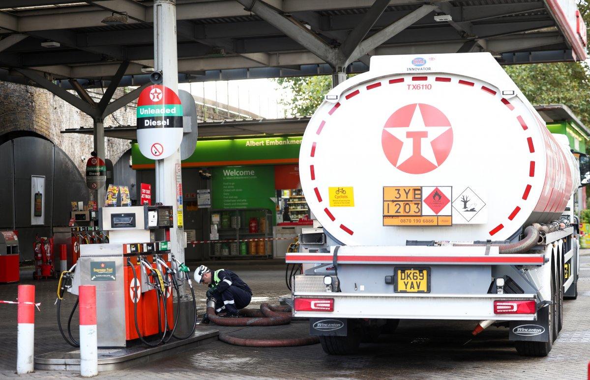 İngiltere de yakıt krizi devam ediyor #2