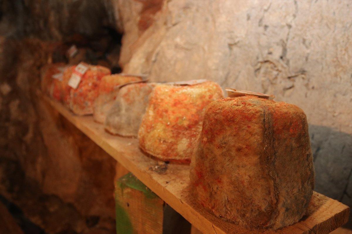 Karaman ın Divle peyniri  Türk rokforu  sofralarda #6