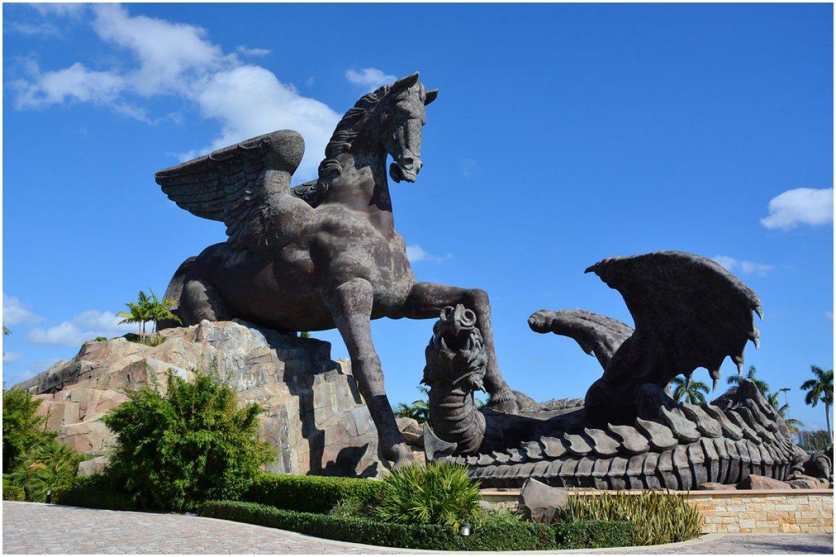 İlginç hikayeleriyle öne çıkan en büyük 10 heykel #1