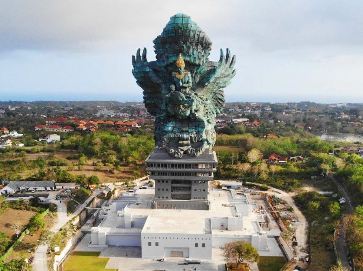 İlginç hikayeleriyle öne çıkan en büyük 10 heykel #6