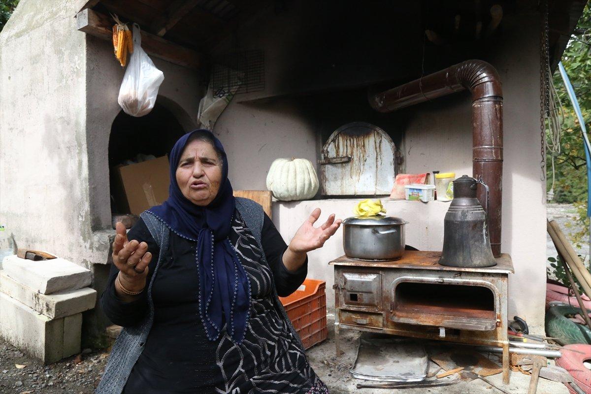Kastamonu da selzede, işçilere gönüllü olarak yemek yapıyor #4