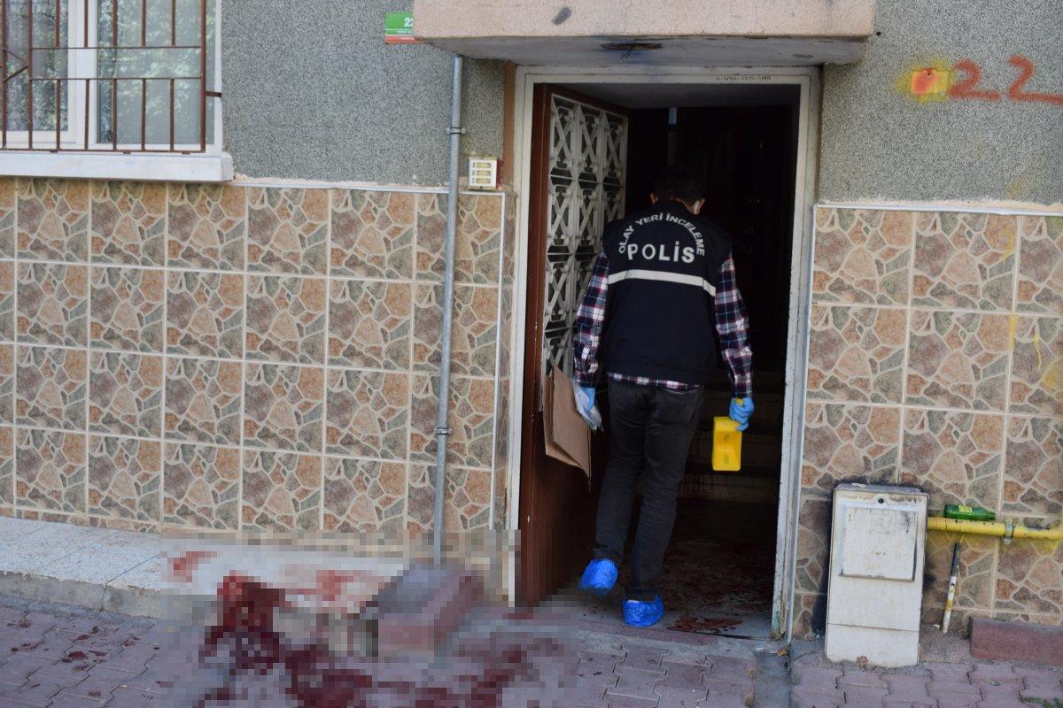 Malatya'da baba, oğlunu turşu kavanozu ile ağır yaraladı #3