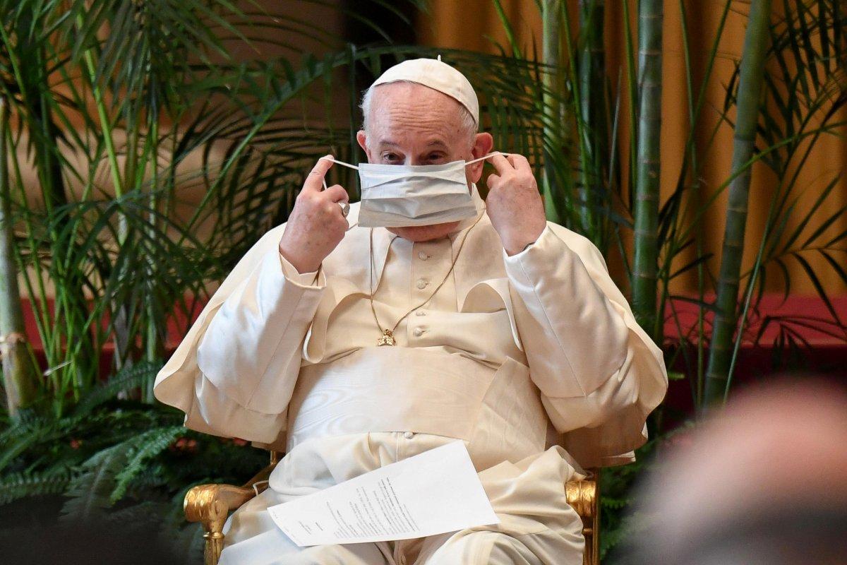 Papa Francis: Kiliselerde çocuk tacizlerini üzüntüyle öğrendim #1