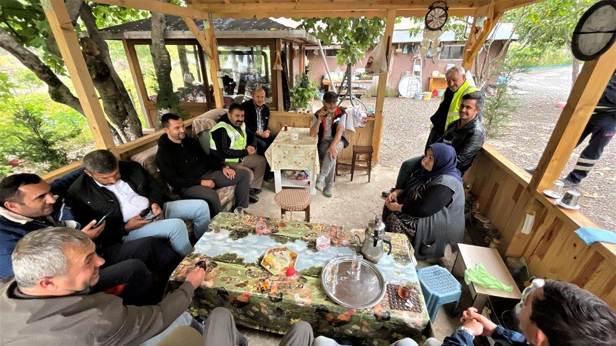 Kastamonu da selzede, işçilere gönüllü olarak yemek yapıyor #5