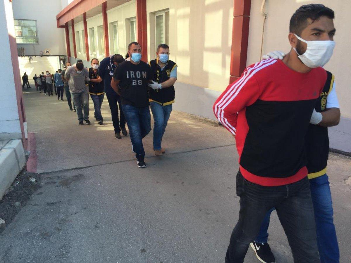 Adana da düzenlenen şafak operasyonunda 50 şüpheli yakalandı  #2