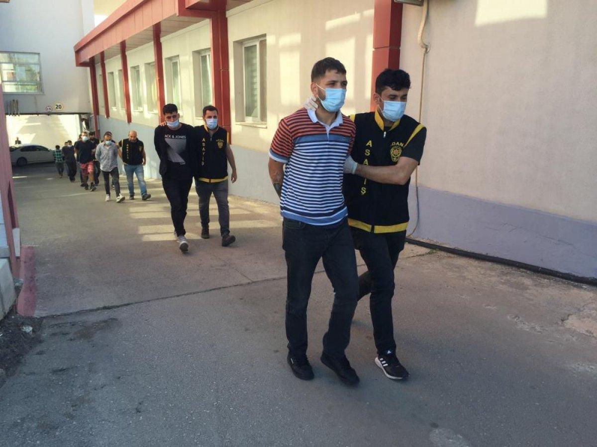 Adana da düzenlenen şafak operasyonunda 50 şüpheli yakalandı  #7