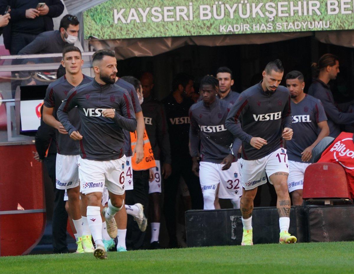 Trabzonspor da 5 oyuncu Fenerbahçe maçına yetişecek #1